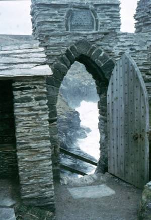 """Entrance to Tintagel Castle - geograph.org.uk - 993488"" by Sarah Charlesworth. Licensed under CC BY-SA 2.0 via Wikimedia Commons - https://commons.wikimedia.org/wiki/File:Entrance_to_Tintagel_Castle_-_geograph.org.uk_-_993488.jpg#/media/File:Entrance_to_Tintagel_Castle_-_geograph.org.uk_-_993488.jpg"
