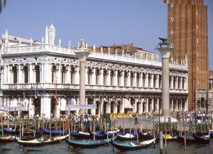 """Libreria and Biblioteca Marciana and Columns in Piazzetta, Venice"". Licensed under Public Domain via Commons - https://en.wikipedia.org/wiki/File:Libreria_and_Biblioteca_Marciana_and_Columns_in_Piazzetta,_Venice.jpg"
